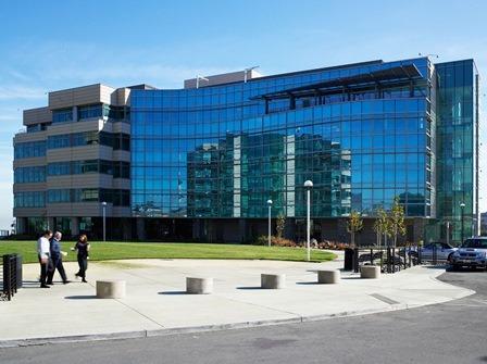 Image: Genentech in South San Francisco, US. Photo: courtesy of F. Hoffmann-La Roche Ltd.